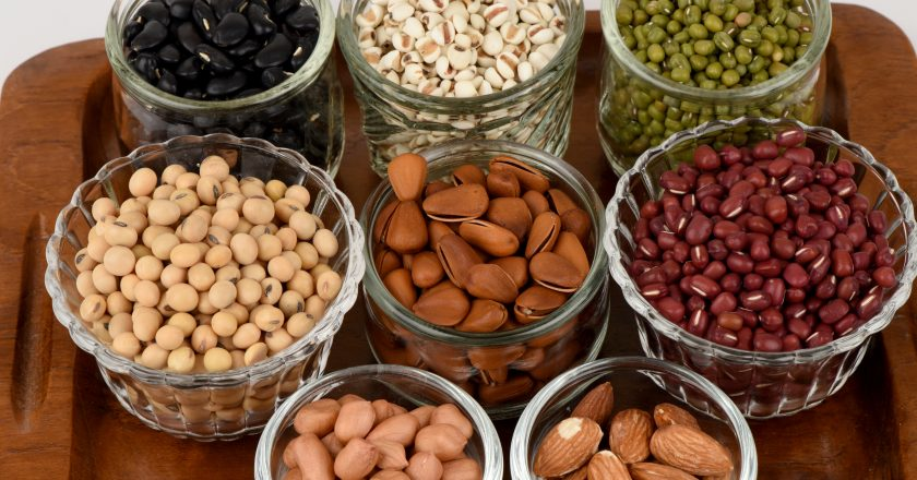 Job's tears, Soy beans, Red beans, black beans, Peanut, pine nut, Almond and green beans