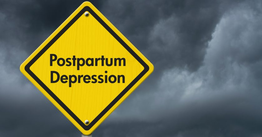 Postpartum Depression Warning Sign | © Karenr | Dreamstime Stock Photos