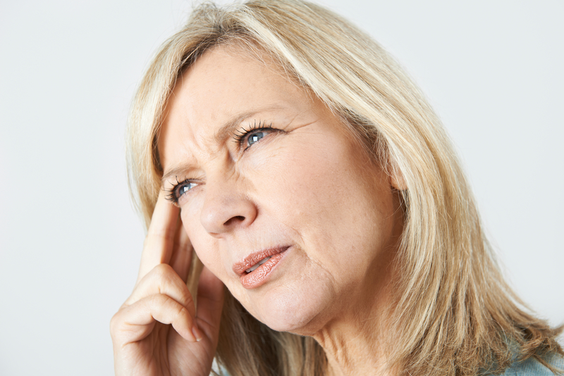 Mature Woman Suffering From Memory Loss | © Ian Allenden | Dreamstime Stock Photos