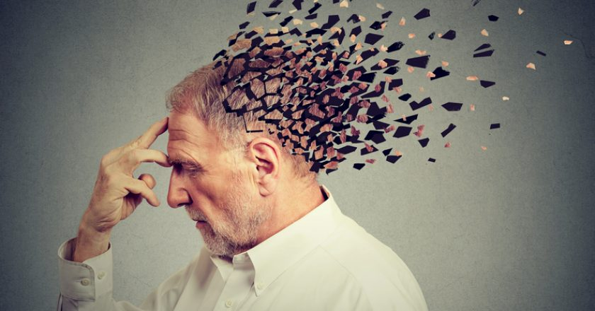 Memory loss due to dementia. Senior man losing parts of head as sign of decreased mind function. | © Kiosea39 | Dreamstime Stock Photos