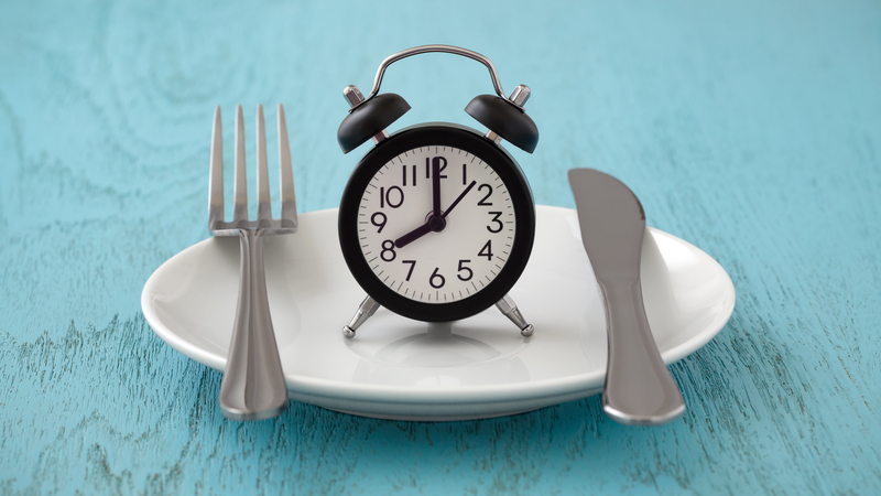 Intermittent fasting and meal planning concept | © Everydayplus | Dreamstime Stock Photos