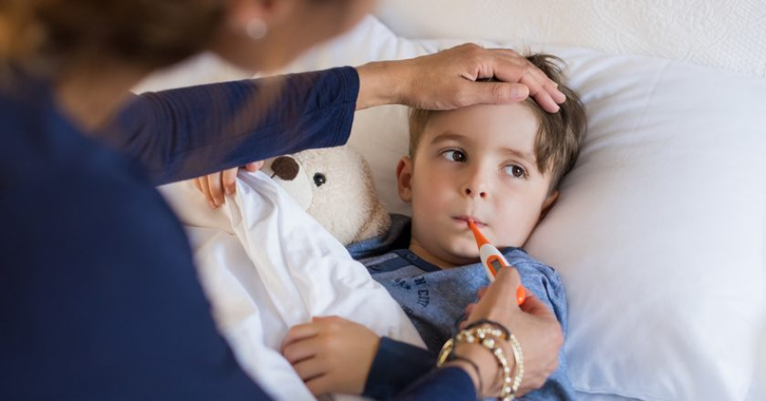 Boy measuring fever | © Rido | Dreamstime Stock Photos