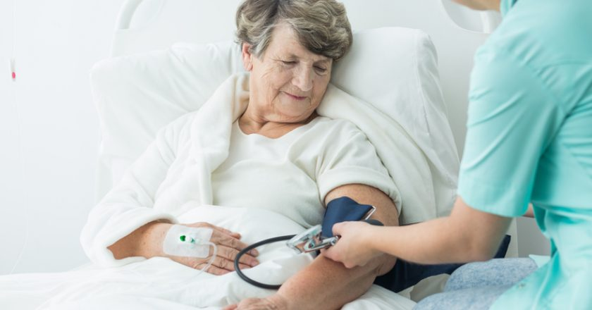 Geriatric ward patient with hypertension | © Bialasiewicz | Dreamstime Stock Photos