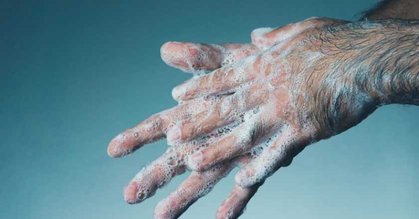 Man washing his hands with soap. Coronavirus transmitted through a hands | © Serturvetan | Dreamstime Stock Photos