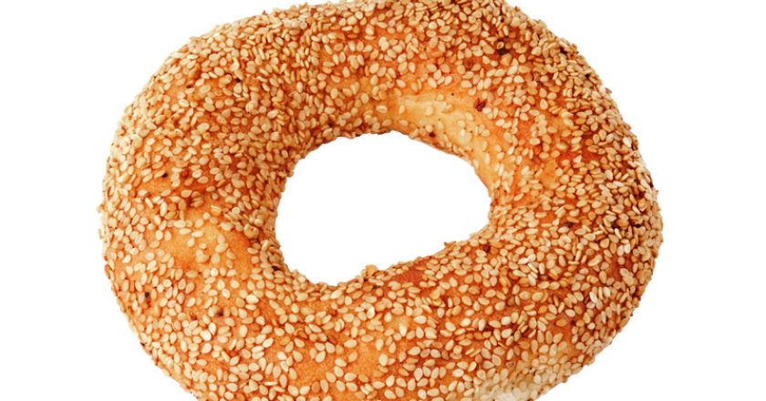 Bagel with sesame |