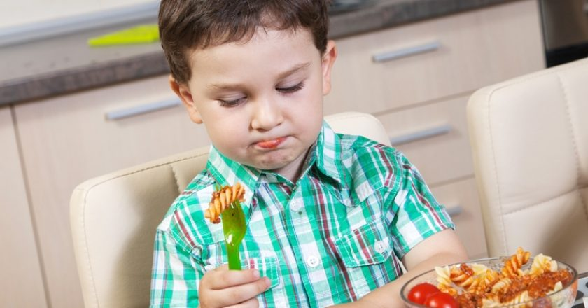 Little boy who does not eat his food with lust | © Geeorrge | Dreamstime Stock Photos